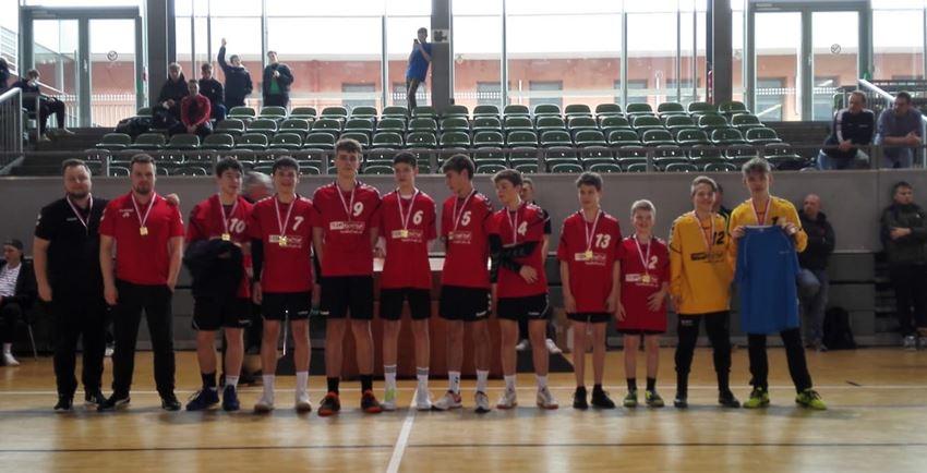 Handballer und Basketballer im Bundesfinale